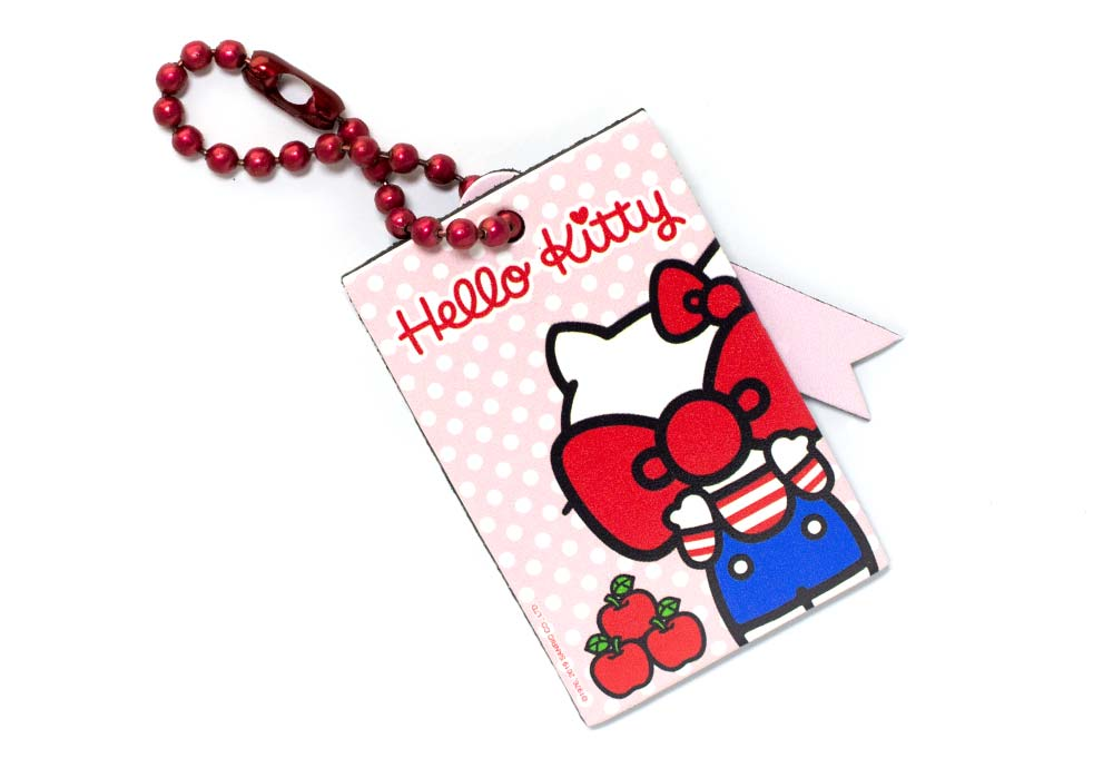 hello-kitty-apples-bag-tag
